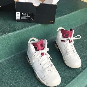 Air Jordan Maroon 6 Retro